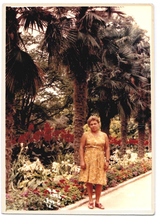 Бабушка в Сочи