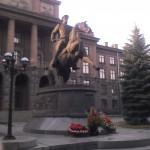 Жук на коне